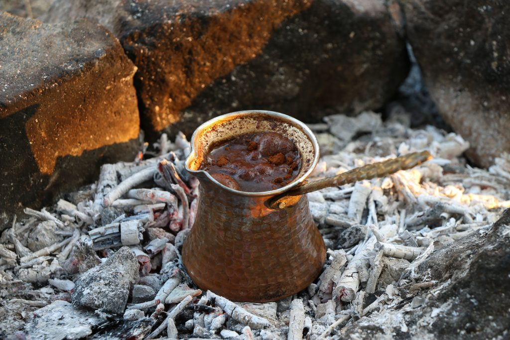 cezve con café turco